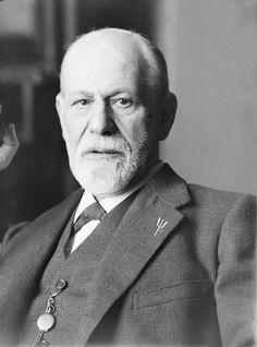 No hay regla de oro que se aplique a todos: todo hombre tiene que descubrir por sí mismo de qué modo específico puede salvarse. Sigmund Freud