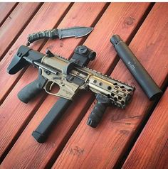 Universal Pistol Magazine Loader for and Other Double and Single Stack Mags (Black) Weapons Guns, Guns And Ammo, Glock Guns, Submachine Gun, Custom Guns, Custom Ar, Military Guns, Military Life, Cool Guns