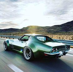 Bowtie Classic Car & Muscle Car Auto Parts Store ( Classic Corvette, Chevrolet Corvette Stingray, Porsche Classic, Us Cars, Sport Cars, Chevy, American Muscle Cars, American Sports, Trucks