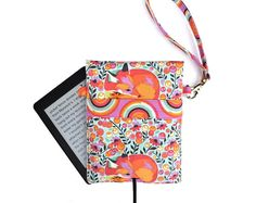 Kindle cover, in Tula Pink fox print print, Kindle cover. Kindle case . Kindle Touch, Paperwhite, Voyage