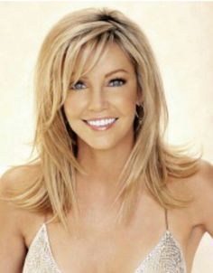 Haircuts Trends 2018 Find outfit ideas shopping and street style inspiration to help you get dresse Haircut Trends 2017, Medium Hair Styles, Short Hair Styles, Hair Medium, Brown Blonde Hair, Blonde Honey, Blonde Layers, Medium Blonde, Medium Brown