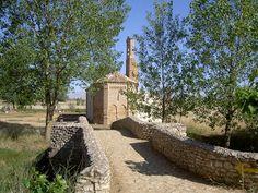 Chapelle Ermita de Virgen del Puente à l'entrée de Sahagun.