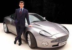 ASTON MARTIN V12 VANQUISH. Otro día para morir. (James Bond 2002)