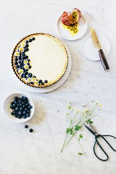 passionfruit and blueberry cream tart//
