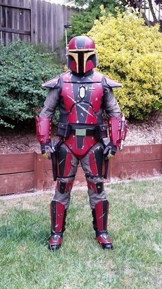 Red mandolorian AKA CaloBane by on DeviantArt Star Wars Characters Pictures, Star Wars Pictures, Star Wars Images, Star Wars Concept Art, Star Wars Art, Reina Amidala, Mandolorian Armor, Luke Skywalker, Disfraz Star Wars