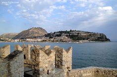 #Nafplio's 3 castles (#Palamidi on the hilltop, Akronafplia at the tip of the peninsula and #Bourtzi in the foreground, all fitted within the same photo shot from the main entrance tower of #Bourtzi Fortress. #Argolida - #Greece