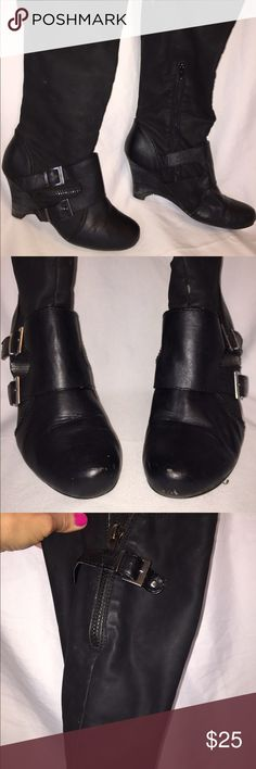 Not rated boots Nice comfy boots! Small scuffs on toe. Not Rated Shoes Winter & Rain Boots