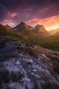 Into The Valley by Ryan Dyar on 500px