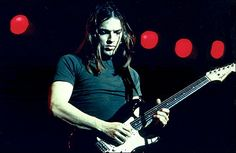 "David Gilmour: Como ele construiu o fabuloso solo de ""Comfortably Numb"""