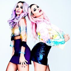 THIZZZZ JACKETS ♡♡♡ [REBECCA  AND FIONA Photo: @junior4life / Photo assistant: @gustafsoderblom / Stylist: @tommiesex