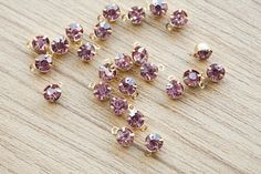 40 pcs of Pale Violet Red Gold Brass Setting by AbsolutSupplies