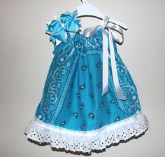 Any Color Bandana Dress and Hair Bow Set por SweetberryBoutique