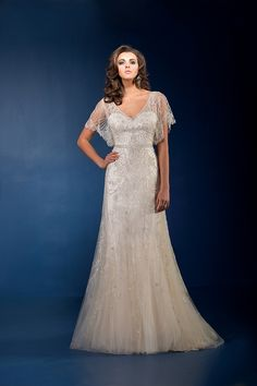 Wedding Dresses, Bridesmaid Dresses, Prom Dresses and Bridal Dresses Jasmine Couture Wedding Dresses - Style - Jasmine Couture Wedding Dresses, Fall Jeweled bridal gown with a gored tulle A-line skirt, exquisite beaded details at the belt. Vintage Style Wedding Dresses, Wedding Dress Styles, Dream Wedding Dresses, Bridal Dresses, Wedding Gowns, Wedding Dress Older Bride, Older Bride Dresses, Gatsby Wedding Dress, Lace Wedding