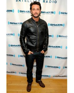 P Man of Style Rodrigo Santoro owning the leather jacket and jeans look.