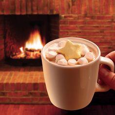 甘い香りと星形のマシュマロがかわいいな♪数量限定で、マチカフェのカフェラテにマシュマロとバニラパウダーを付けたメニューが登場です(^^) http://lawson.eng.mg/d2289