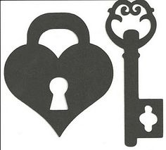 Free SVG Heart and Key