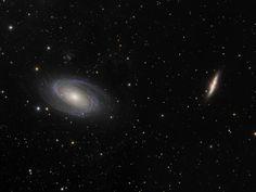 On instagram by futuroastronomo #astrophotography #contratahotel (o) http://ift.tt/1qkZyxx vimos só uma. Hoje vemos as duas companheiras M81 e M82 (Galáxias do Bode e do Charuto) um par de galáxias da constelação de Ursa Maior. Apesar de parecerem bem próximas na verdade elas estão distante 150 mil anos-luz uma da outra. Ambas são as duas maiores galáxias do grupo M81. Astrofoto do polonês Maciej: http://www.astrofun.pl #astronomia #astronomy #astrofotografia  #astrofoto #astrophoto #ceu…
