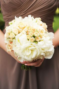 blush and white bridesmaid boquet