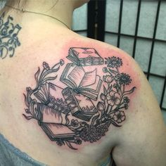 Books With Flowers Inked On Back Shoulder