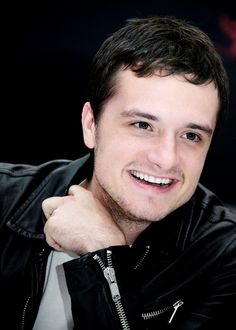 Josh Hutcherson press conference 11/11/14