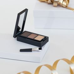 Oriflame is a leading beauty company selling direct. We offer a wide range of high-quality beauty products and an opportunity to start your own business. Oriflame Beauty Products, Eyebrow Kits, Beauty Companies, Starting Your Own Business, The One, Lancome, Eyebrows, Make Up, Beauty Hacks