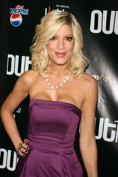 So Tori Spelling was bit by a parrot and HAD to get a new nose. Okay, fine. In addition she also had her breasts augmented multiple times over the years.