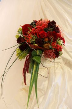 claret wedding | fabulous ruby red wedding bouquet with deep burgundys and clarets ...