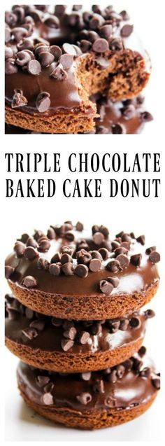 Triple Chocolate Baked Cake Donuts - a Devil's Food Cake Donut, glazed with a chocolate ganache and topped off with mini-chocolate chips. Dessert Simple, Donut Recipes, Cake Recipes, Dessert Recipes, Muffin Recipes, Copycat Recipes, Chocolate Desserts, Chocolate Ganache, Chocolate Chips