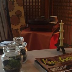 【latable.savoirfaire】さんのInstagramをピンしています。 《Collaborate event ご案内 「私にもどる healing time」  秋の夜長編  癒しのテラリウム作り *リラックス空間を創る色と照明(カラーの仕立て屋Aprire 榊原幸子) *工夫茶の香りでリラックスティータイム(La Table du Savoir-Faire) *手のひらサイズの癒しのテラリウム作り(titipopo丹下とも子) ●開催日時:2016年10月30日(日) 10時半~12時 ●開催場所:わかくさ珈琲  松山市若草町2-10 2F *駐車場は近隣のパーキングをご利用ください。 ●参 加 費 :3,000円(材料費・ケーキセット・資料代込み) ●募集人数:6名様  皆様のご参加お待ちしております お申し込みお問い合わせ latable.savoirfaire@gmail.com  #ヒーリング  #癒し空間 #秋の夜長 #テーブルコーディネート  #パーソナルカラー #テラリウム #わかくさ珈琲  #愛媛 #松山市》