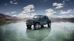 Mercedes-Maybach presented officially the Landaulet-G650, the top version of the Mercedes-Benz G-Class, which will be available later this year. The rugged SUV