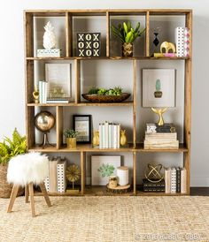 Styling is everything when it comes to achieving focal point perfection. Combine eclectic pieces of contrasting depth, color and texture for a show-stopping shelfie!