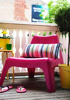Neon furniture in the garden #furniture #neon
