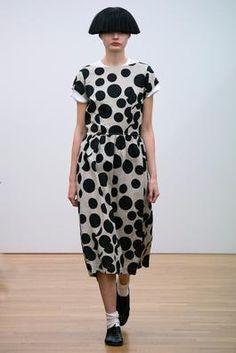 Comme des Garçons Comme des Garçons Spring 2015 Ready-to-Wear Fashion Show: Complete Collection - Style.com