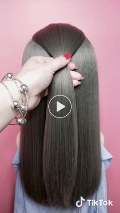 Ice Ice Sister 吖's short video with ♬ original sound - hairstyle_bing - Short Hair Styles Haircuts For Long Hair, Hairstyles For School, Girl Hairstyles, Braided Hairstyles, Simple Hairstyles, Popular Hairstyles, Pinterest Hair, Hair Videos, Purple Hair