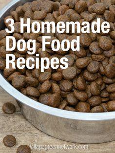 3 Homemade Dog Food Recipes / http://villagegreennetwork.com/3-homemade-dog-food-recipes/