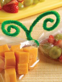 Fruit 'N Cheese Snack Mix