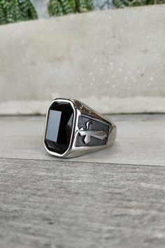 Ανδρικό δαχτυλίδι 'Black Cross' (Ατσάλι) Men Rings, Apple Watch, Smart Watch, Black, Male Rings, Smartwatch, Black People, All Black, Man Ring
