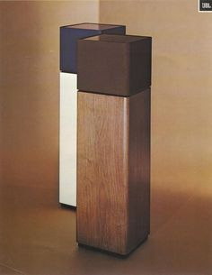 JBL Aquarius-Speaker, 1960 Grew up with these! Dad was Aquarius too … Diy Speakers, Built In Speakers, Portable Speakers, Audio Design, Speaker Design, Display Pedestal, Hifi Audio, Audiophile Speakers, Speaker Stands