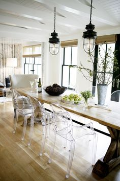 45 Amazing Rustic Dining Room Lighting Ideas - Best Home Decor Ghost Chairs Dining, Dining Room Chairs, Dining Table, Clear Dining Chairs, Office Chairs, Acrylic Dining Chairs, Kitchen Tables, Rustic Industrial, Home Decor