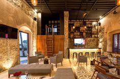Beautiful Architects: AS arquitectura Location: Champoton, Campeche, Mexico Project Year: 2014 Wabi Sabi, Style Hacienda, Tiny Loft, Loft Room, Bar Lounge, Construction, Facade House, Tasting Room, Coastal Homes