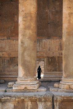 In perspective. Baalbek roman temple complex. Bill Hocker   Lebanon : 16/24
