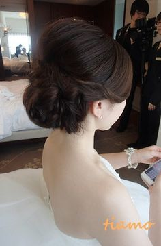 ドレスから和装にチェンジ♡可愛い花嫁さまの素敵な一日 | 大人可愛いブライダルヘアメイク『tiamo』の結婚カタログ