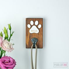 Unique Personalised Gifts Website is coming soon Dog Accesories, Pet Accessories, Dog Leash Holder, Dog Rooms, Dog Crafts, Idee Diy, Diy Wood Projects, Creations, Dog Clothing
