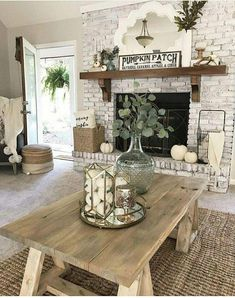 Hottest Farmhouse Living Room Decor Ideas That Looks Cool 16 Fall Living Room, Cottage Living Rooms, Living Room With Fireplace, Living Area, Farmhouse Fireplace, Farmhouse Wall Decor, Rustic Farmhouse, Farmhouse Living Room Furniture, Rustic Furniture