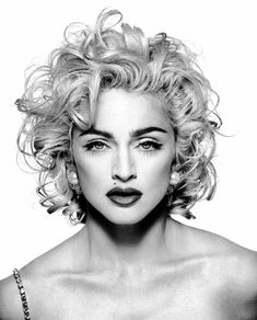 30 Celebrities Who Have Copied Marilyn Monroe& Style Madonna Vogue, Madonna Photos, Madonna Young, Madonna Art, Madona, Die Queen, Beautiful People, Beautiful Women, Black And White Portraits