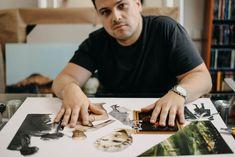 Rapper James Cole se v pražském Vnitroblocku představí jako autor koláží Rapper, Food And Drink, Playing Cards, Author, Diet, Playing Card Games, Game Cards, Playing Card