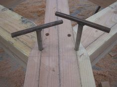 #timberframe Castle Ring Oak Frame - Use of Podgers