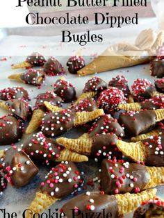 Peanut Butter Stuffed Chocolate Dipped Bugles Papperdelle Recipes, Chocolate Dipped, Peanut Butter, Dips, Cereal, Cookies, Breakfast, Food, Breakfast Cafe