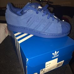 🔥Superstar original adidas 🔥NO TRADES PRICE FIRM Royal blue size 7 kids Superstar adidas suede like material / leather Adidas Shoes Sneakers