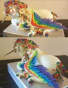 Whoa (no pun intended)...unicorn cake!!!!